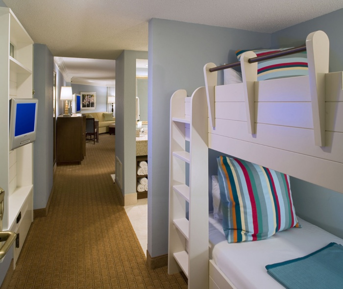 5 Hotels With Bunk Beds Your Kids Will Actually Want To