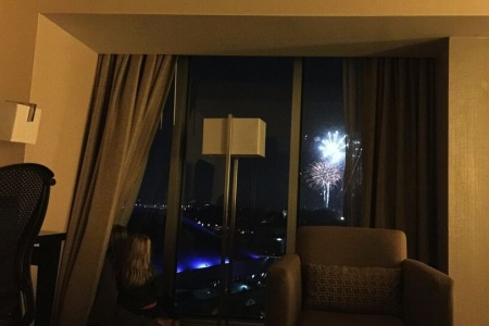 How Using the Hilton HHonors App Got Us This Hotel Room With a View of Disneyland