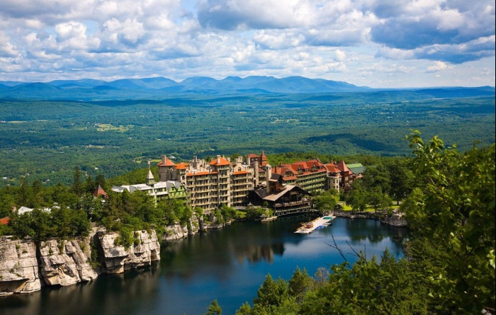 A Castle In The Catskills The Mohonk Mountain House